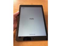 Apple iPad Air Wi-Fi 16GB Space Gray Nov 2013 great condition