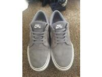 Nike SBs junior trainers size 5.5