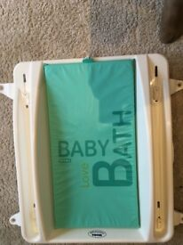 Beaba Baby above bath changing table
