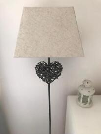 Wicker heart floor lamp
