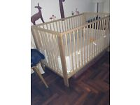 IKEA Gulliver baby cot and Vyssa Vackert mattress - larger US model