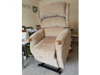 HSL riser recliner armchair