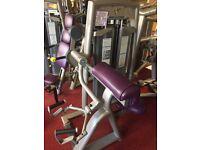 Pulse Fitness Arm Curl machine