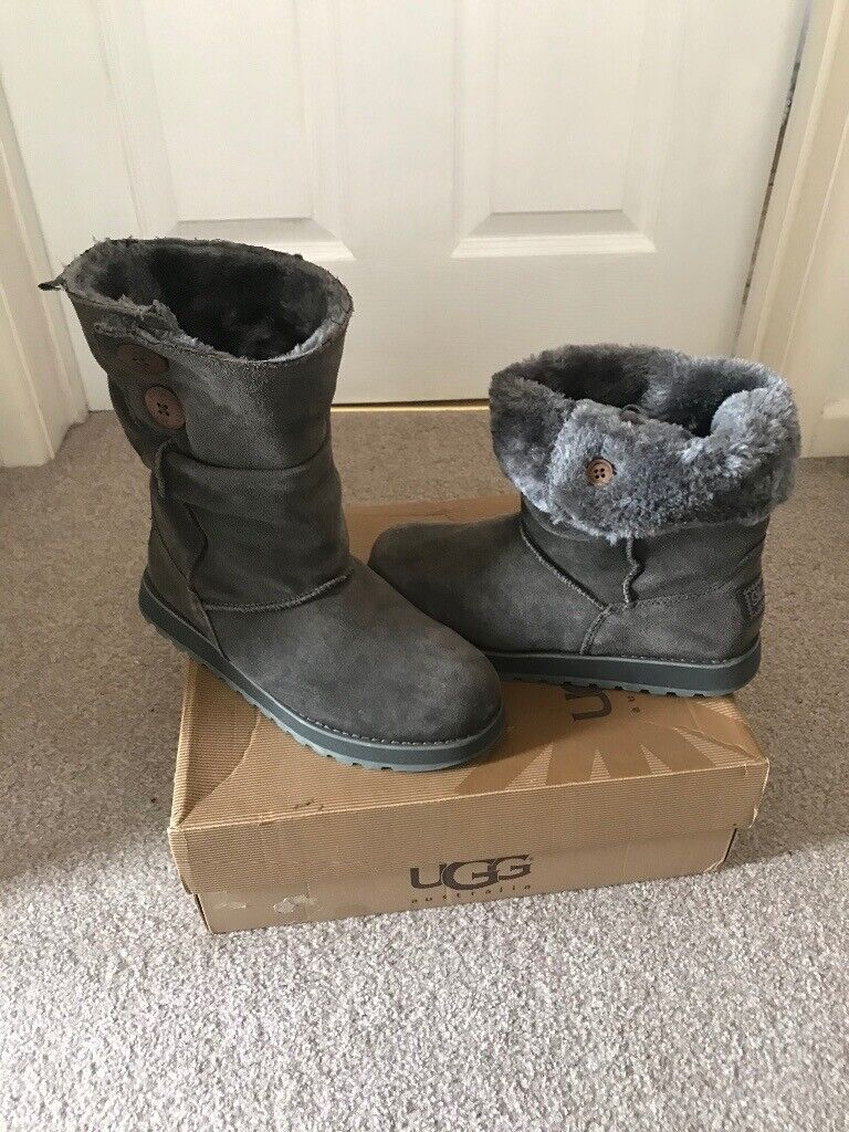 Grey sketchers suede boots for sale | in Southampton, Hampshire | Gumtree