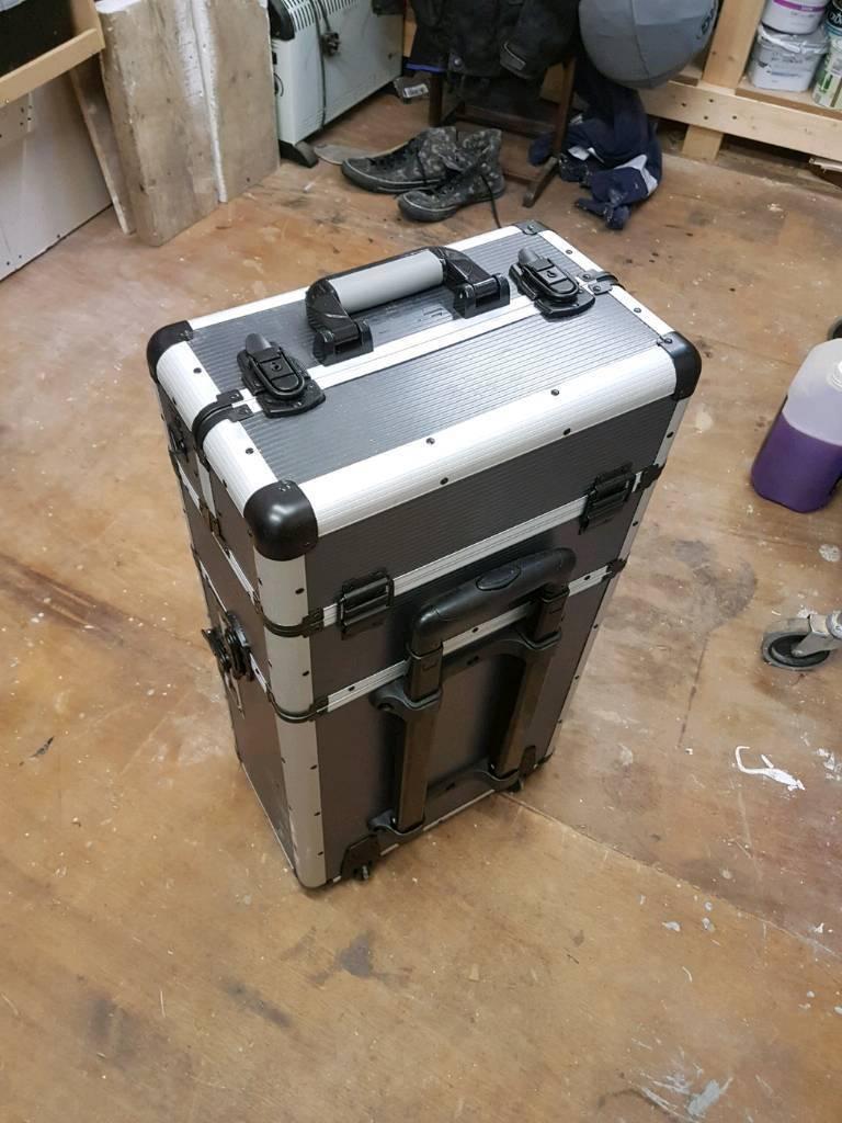 Mac Allister Aluminium Mobile Storage Case In Inverness