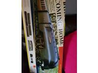 Hornby coming home electric train set