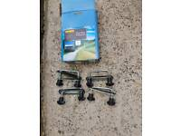 Halfords Roof box fitting kit
