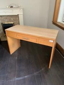 Single drawer desk