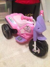 Kids electric bike (3 wheels) in pink (girls) £15