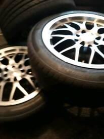 "Universal 16"" Alloy wheels"