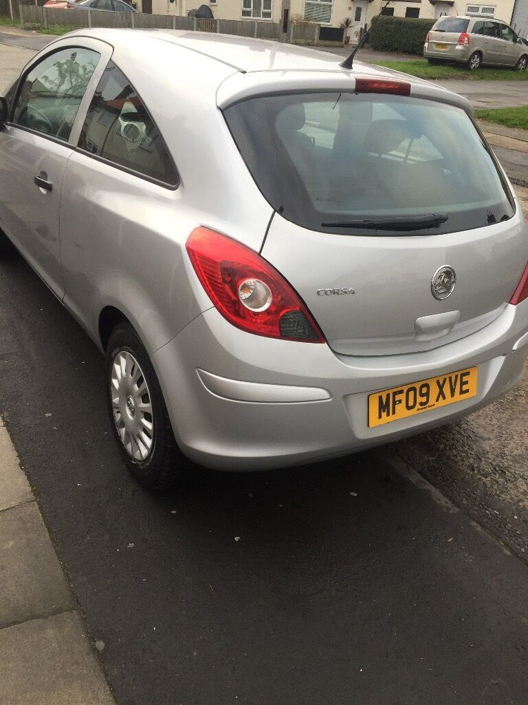 Vauxhall Corsa Life 1.0l 2009 Petrol Silver no previous owner, very good condition