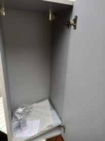 Leaf blower large chain & bath Cabinet