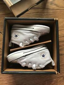 Baby crystal converse size 2