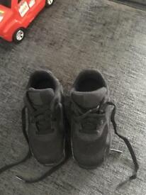 Nike size 5.5 young kids trainers