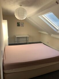 4 bedroom student property on Westgate Road close to City Centre