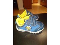 Clarks Baby first shoes size 4. Excellent condition!