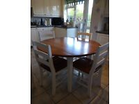 Round Kitchen Table with 4 chairs