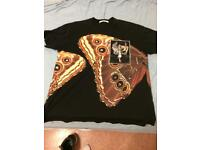 Givenchy T-shirt size large used in good condition @£150