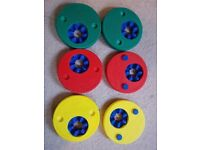 6 Delphin discs or armbands virtually new in fantastic condition