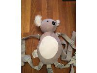 Child's reins harness