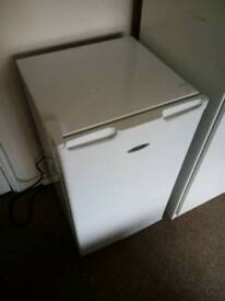 Small fridge, super silent
