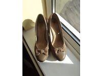 Ladies Court SHoes