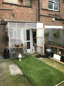One bedroom garden flat