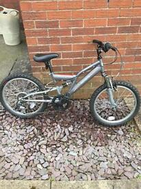 "Raleigh Extreme boys 20"" mountain bike like new"