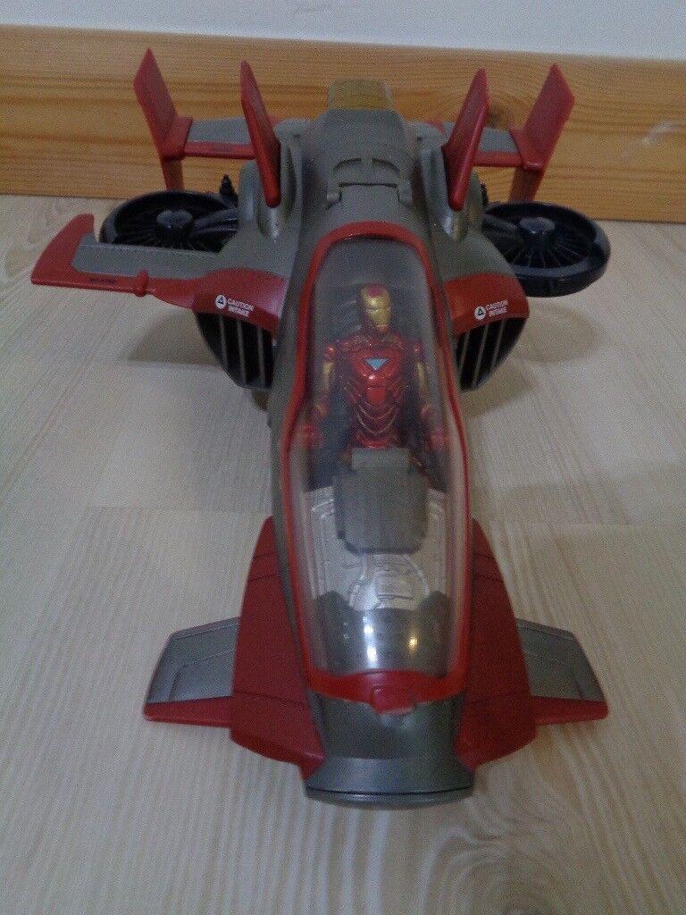 Iron Man & spaceship