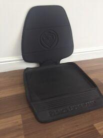 Car Seat Protector - Prince Lionheart