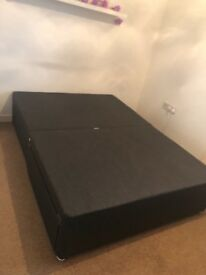 Double divan base with drawers