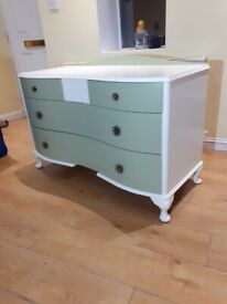 Lovely🥰hand painted stylist chest of drawers+free delivery🚚