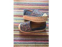 Sparkling shoes SIZE UK 3, EUR 36