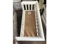 Troll drop side white cot bed