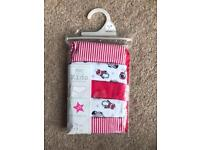 BRAND NEW F&F KIDS COLLECTION GIRLS CHRISTMAS SHORTS WITH STRETCH SIZE 11-12 YRS