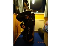 Complete set of Golf Clubs and golf bag
