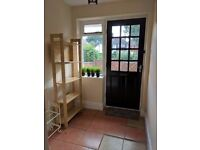 Spacious double room available to rent immediately in Beeston. All bills included.