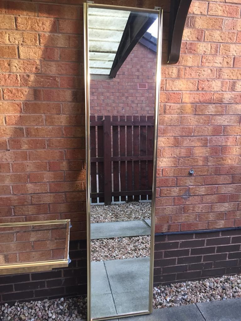 4 Sliding mirrored doors with runners and track in great condition for sale