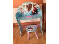 Frozen wooden dressing table !