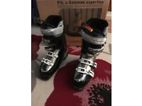 Women's ski boot - Salomon Divine RS 8 size 7 - excellent condition