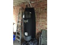Good quality punch bag with shackle and wall mount