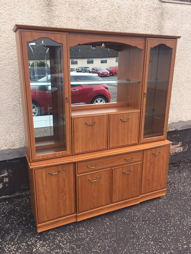 Solid Display Cabinet ( Can Deliver )