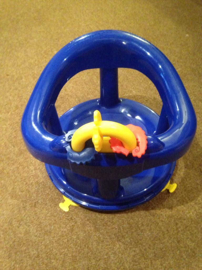 Swivel baby bath seat blue | in Brightons, Falkirk | Gumtree