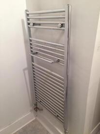 Complete bathroom suite