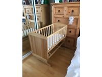 Mothercare deluxe gliding crib, mothercare mattress included