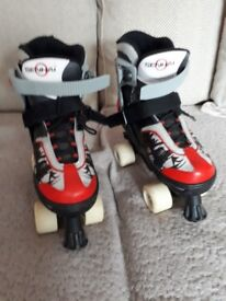 Senhai Adjustable Roller Boots