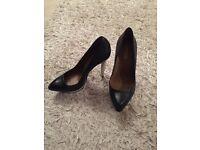 Unworn KG, Rachel Zoe shoes size 8