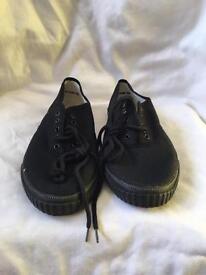 Black Pumps/Plimsoles UK Size 7
