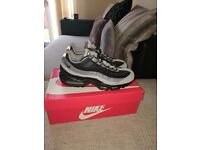 Nike Airmax 95 grey/black basically brand new not fussed on the colour.