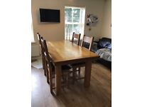 Solid pine kitchen (extendable) table and 4 chairs